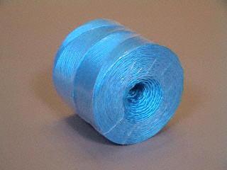 Ficelle en P.P. 1/500 color - bobines 2 kg.